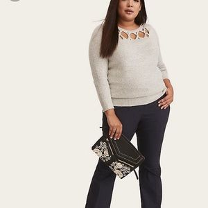 Torrid Slash Yoke Pullover Sweater Sz 0 / L